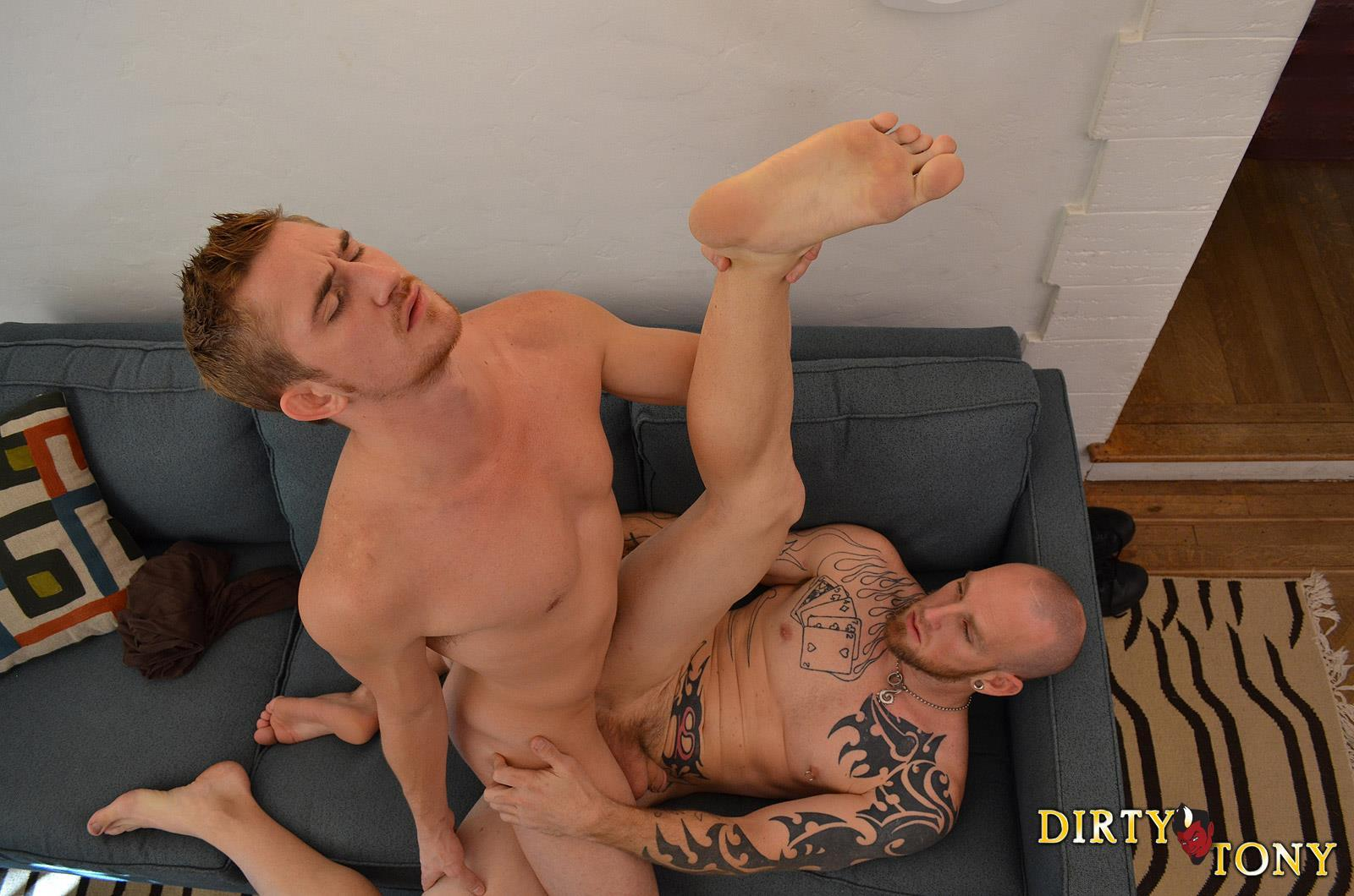 Dirty-Tony-Paul-Stack-and-Dayton-Oconnor-Bareback-Straight-Guy-Amateur-Gay-Porn-08 Straight Redheaded Vegas Bouncer Gets A Cock Up His Ass
