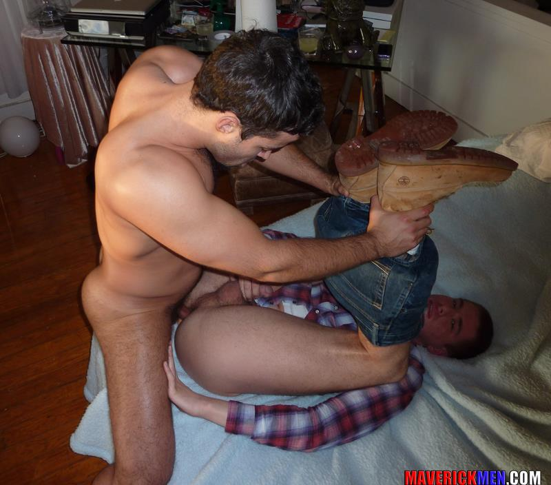 Maverick-Men-Hunter-Tall-Guy-Gets-Fucked-Bareback-Amateur-Gay-Porn-4 Young Tall Amateur Guy Gets Barebacked Hard By Two Hung Older Guys