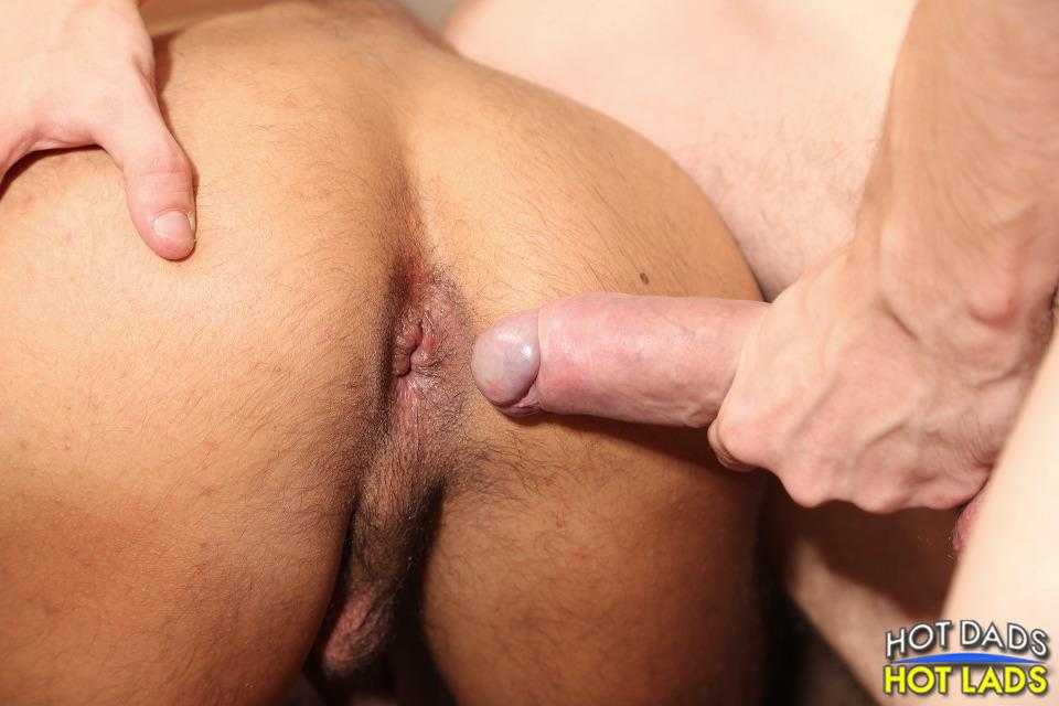 Hot-Dads-Hot-Lads-Tony-Zorta-and-Diego-Brassi-Twink-With-A-Huge-Uncut-Cock-Barebacking-A-Daddy-Amateur-Gay-Porn-26 Amateur Twink With A Huge Uncut Cock Barebacks An Older Guy